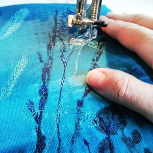 Abstract Textile Painting Course by Ellie Hipkin